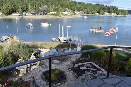 Stand Alone Beach Studio: Wollochet Bay - Gig Harbor