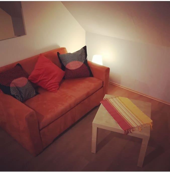 Gästeraum/Arbeitszimmer Schlafsofa guest room/ office  sleeping sofa