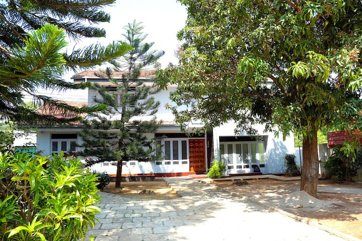 Crossette Villa - Jaffna - Rumah
