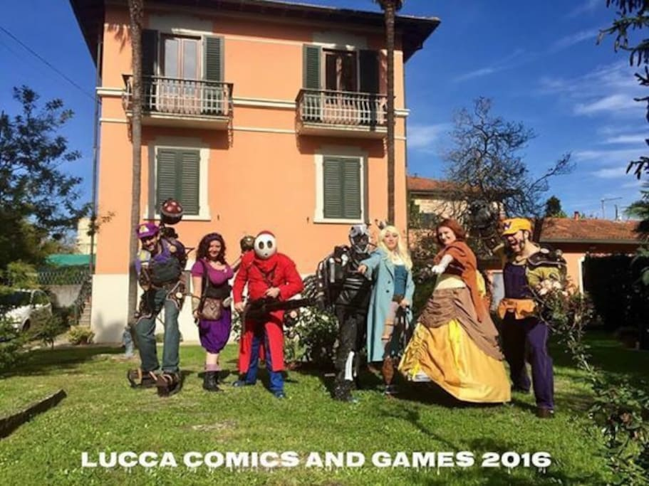 Villa Gilli hosting Lucca Comics and Games Cosplayers