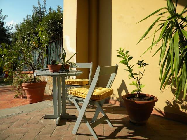 Sun Room in Residence Montalalbano - Florencia - Villa