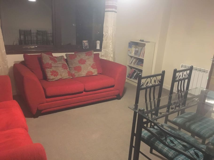 Sitting room diner with double pull down sofa bed