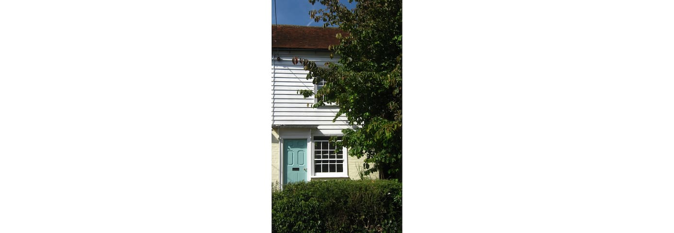 Character cottage .A lovely retreat space - Northiam