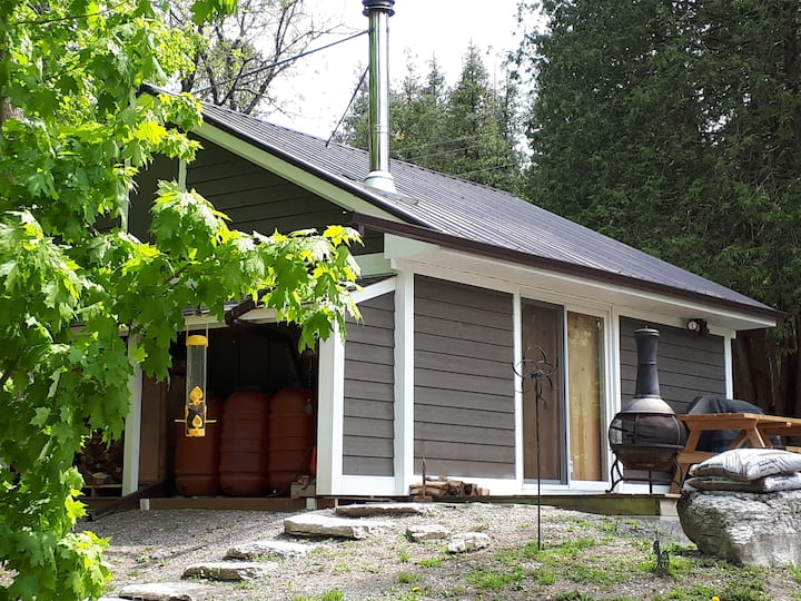 BE MY GUEST on Stoney Lake Cabin Rental