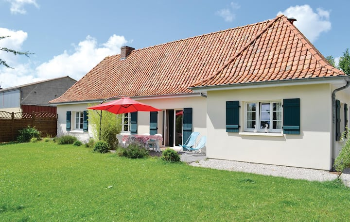 Holiday cottage with 3 bedrooms on 100m² in Lottinghen