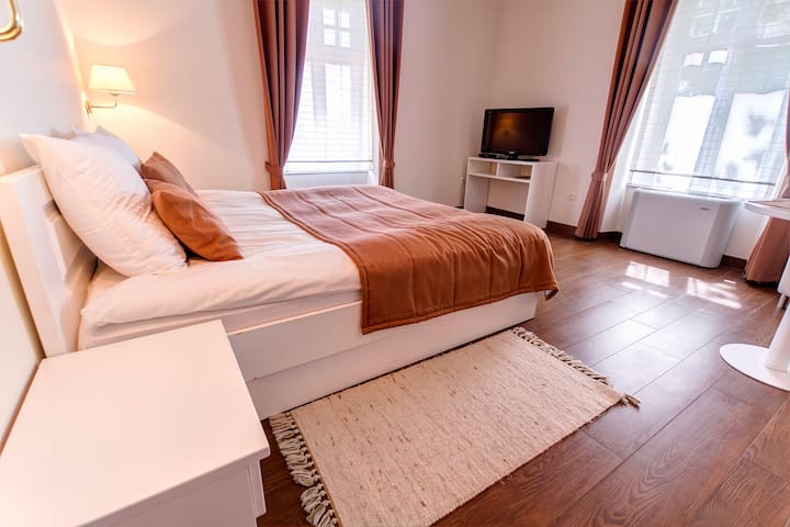 Villa Istenič - Deluxe Room with Queen Size Bed