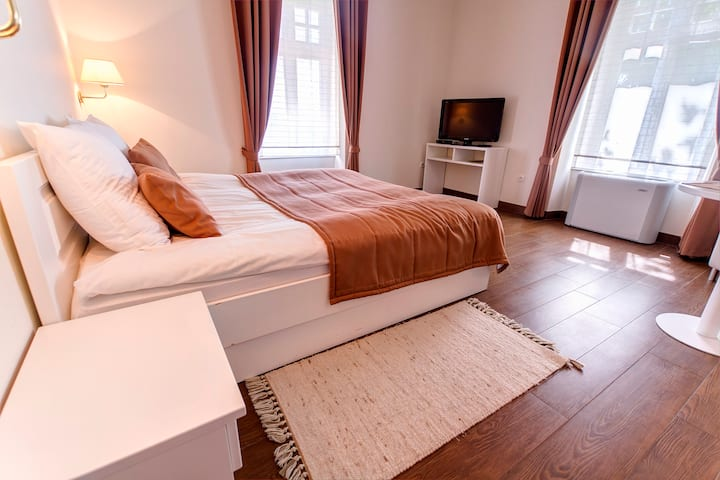 Villa Istenič - Deluxe Room with King Size Bed