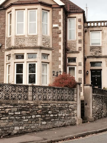 Large Period House with lovely Period features - Bristol - Casa