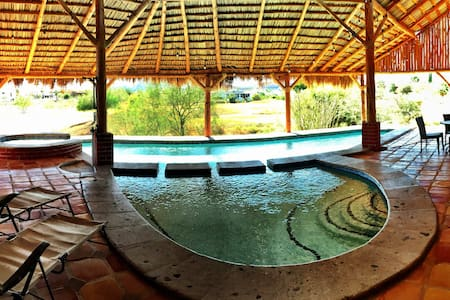 Country Club Palapa Pool and Hot tub