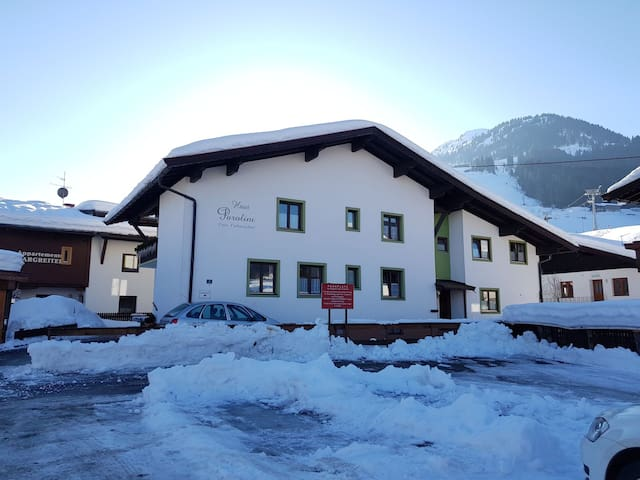 Cool Apartment in good location! Kirchberg /Tirol