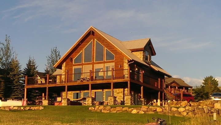 Lakeview Massage Cabin