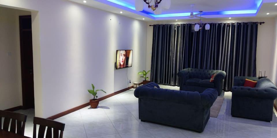 Shark - Next Apartment, with Sea View, Nyali