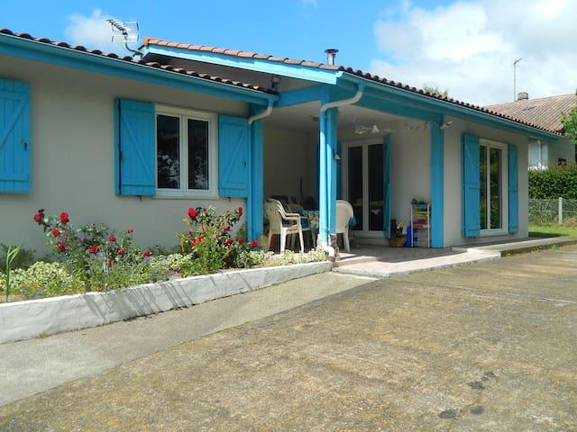 Family House, full-equiped for kids and garden - Saint-Vincent-de-Tyrosse - Hus