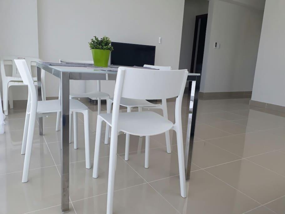 Comedor/Sala Living Room