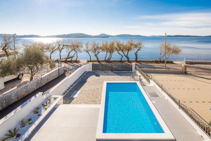 Beachfront Villa Lavender with heated pool