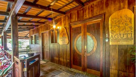 Linda Vista Green Soul casa, near Monteverde