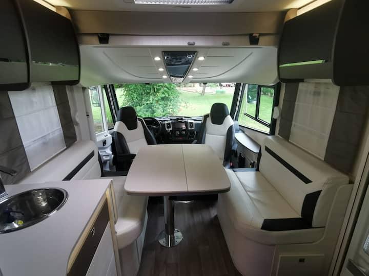 Camping Car de Luxe (toutes options)