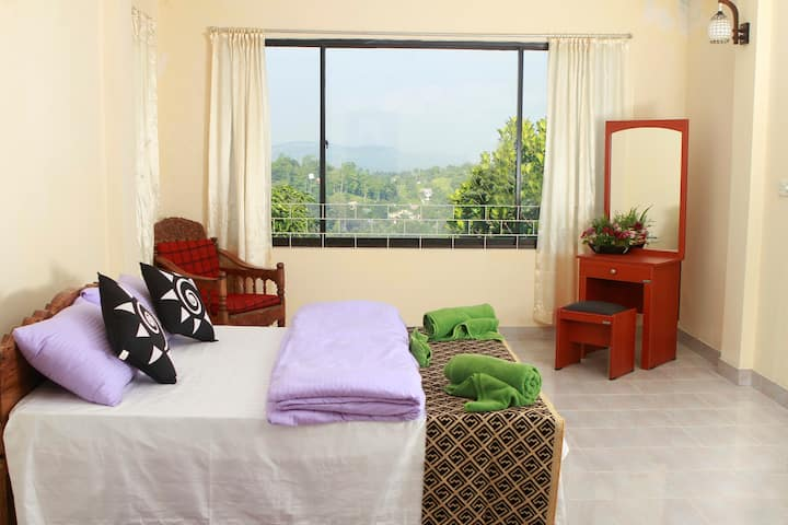 Sky View Bungalow - Deluxe Double Room