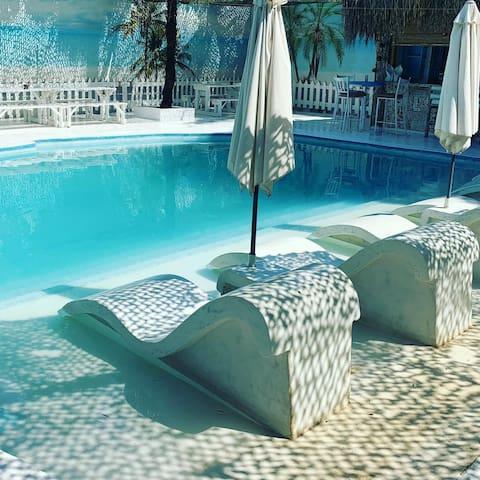 Luxury: Spilia Apt 2@The Fat Mermaid-near OR Tambo