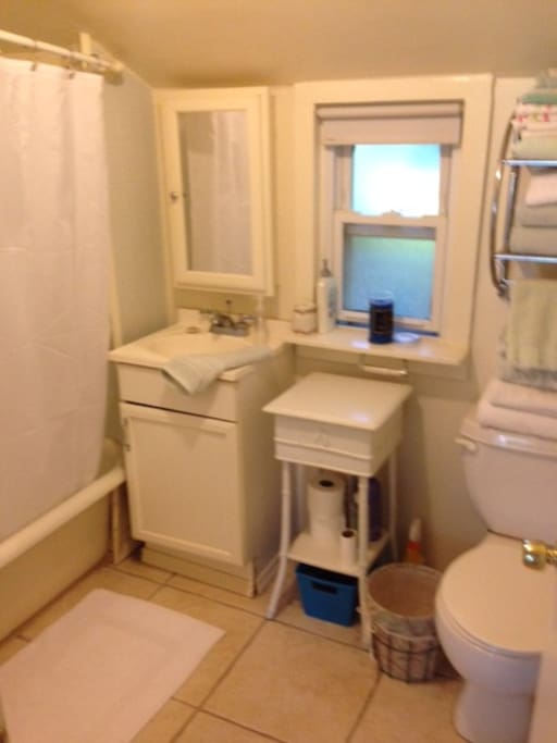 Room For Rent Center Moriches