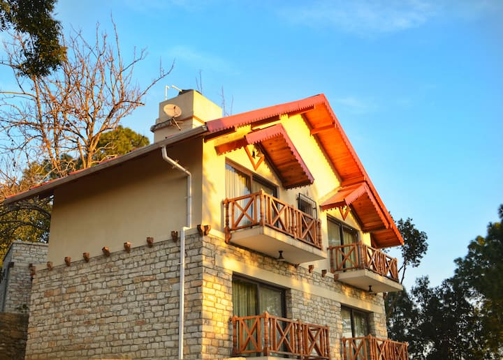 Jaiharikhal-Lansdowne Homestay  Room-Chancheri