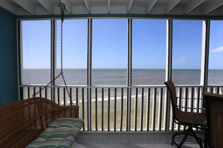 Screen Porch, Very Beach Front, Views of the Bay ~ Beach Therapy on the Cape