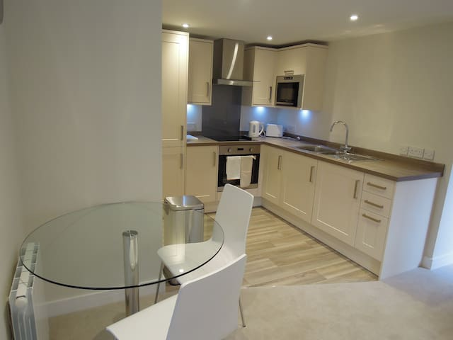 3 The Willows - Guildford - Apartment