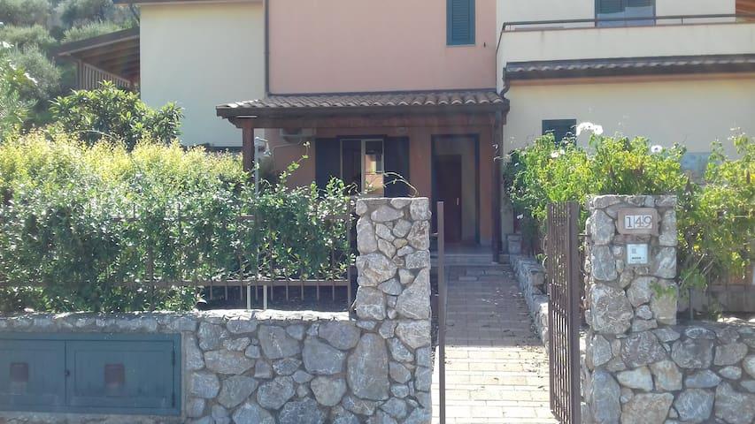 Villetta Giacinta Baia San Giorgio