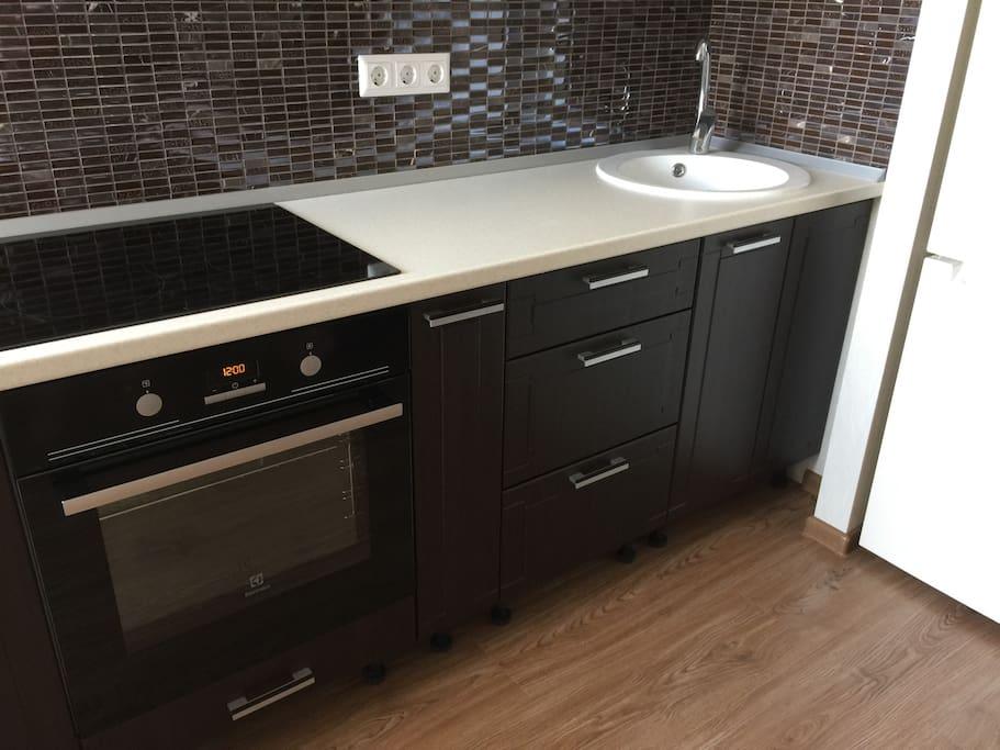 Кухня, плита