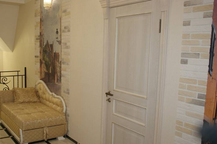 Apartments and rooms on Naberezhnaya