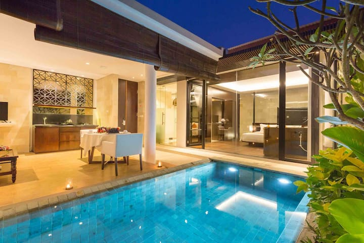 NEW! Luxury 1BR villa in the heart of the Bukit!