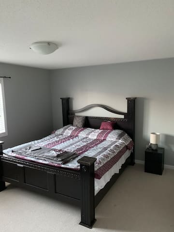 Clean and nice room for rent in quiet area