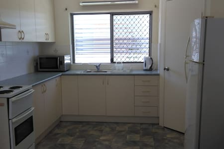 Spacious Granny flat in Bayview Heights - Bayview Heights