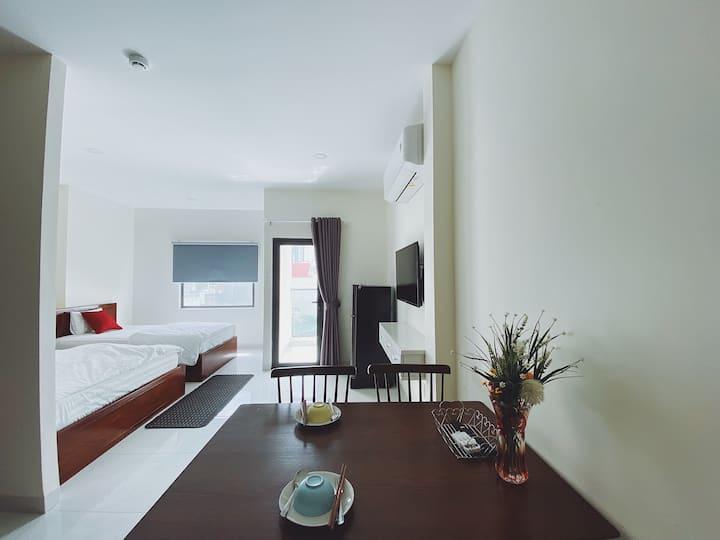 Le Giang House/301 Spacious studio - 300m to beach