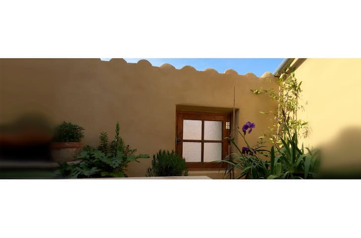Small designer's home (with terrasse) - Durban-Corbières - House