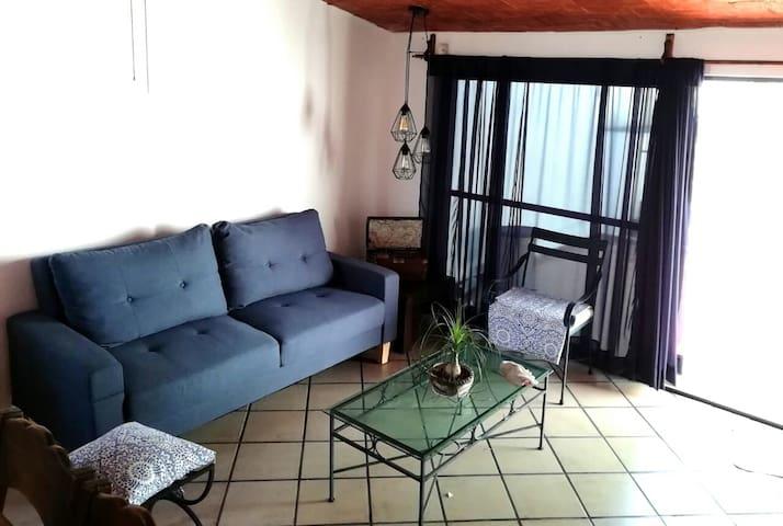 """""""La Casa Azul de las Lomas"""" Centro Cuernavaca, Mor"""