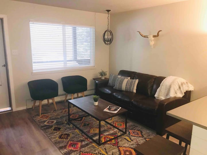 WINTER DEALS! CLEAN Modern Winter Park Condo