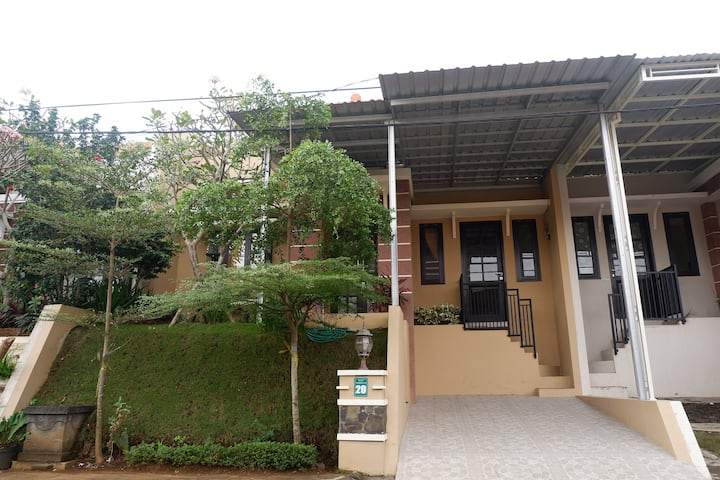 Villa Daryn For Family Only ( 2 BR )