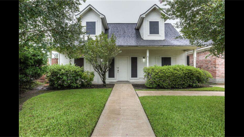 Charming two bed home in the heart of Texas!