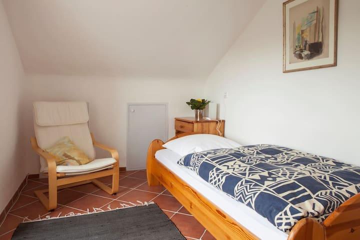 Zimmer in Zähringen am Waldrand Einzelzimmer