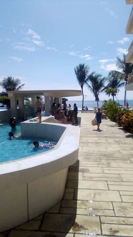 Rooftop pool located in the center of Jaco.