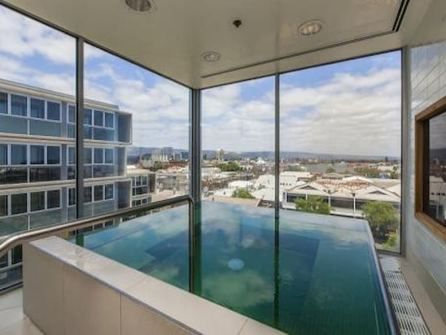 Adelaide City Fully Furnish Apartment