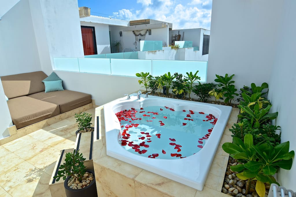 anah penthouse loft private jacuzzi daybed appartements louer playa del carmen. Black Bedroom Furniture Sets. Home Design Ideas