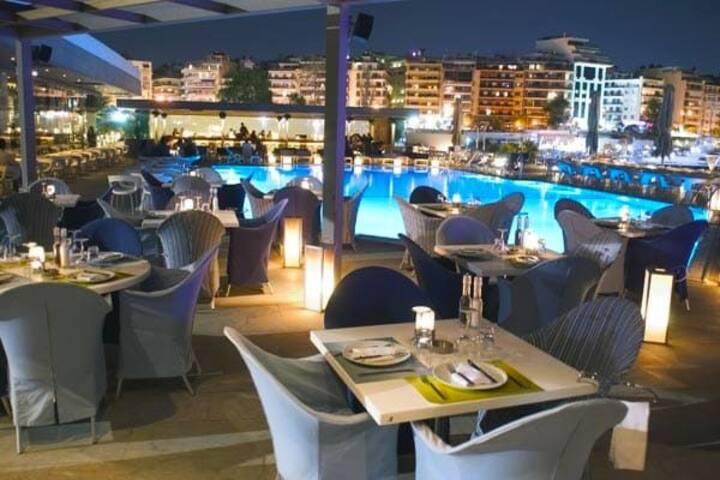 Private room near the port of Piraeus kallirgy 180