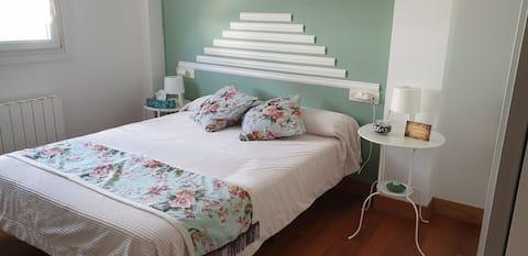 Piękny i przestronny  pokój w jednym domu