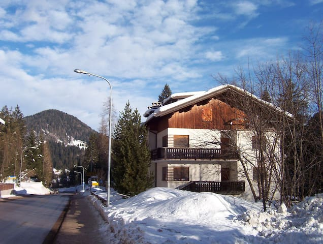 FALCADE Dolomites - 6 beds - Falcade