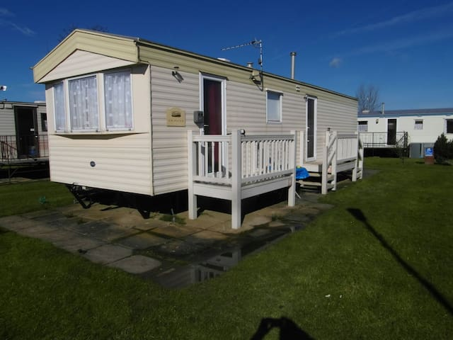 Caravan 8 berth northshore skegness free WiFi