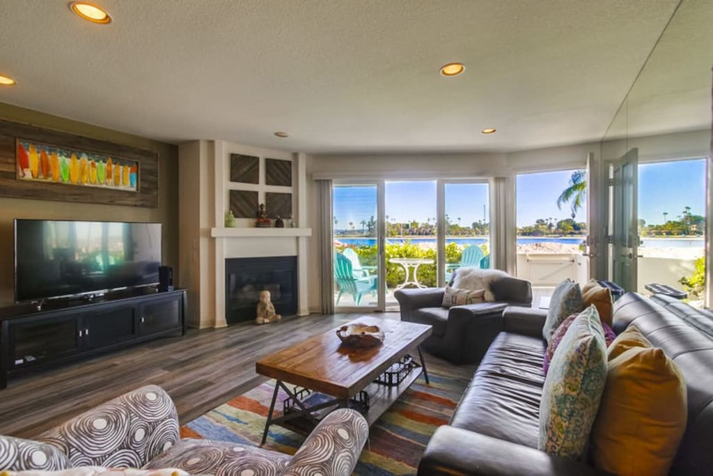Living room with a bay front view