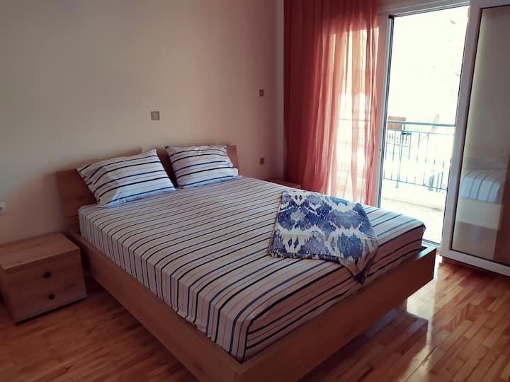 Amazing apartment ON the main BEACH Krioneri