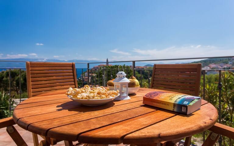 Appartamento Ulikva 2 con bella vista mare